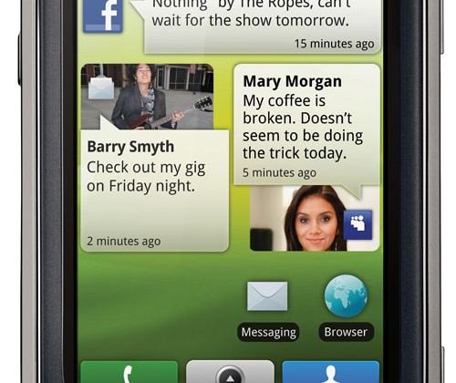 Motorola QUENCH/CLIQ XT with MOTOBLUR lands at MWC