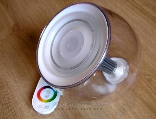 Philips LivingColor Lamp SlashGear 11 540x412