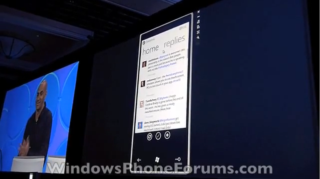 Seesmic Shows Off Twitter Client for Windows Phone 7 Series