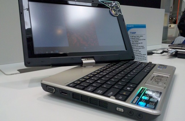 Gigabyte T1000P multitouch netbook gets video hands-on