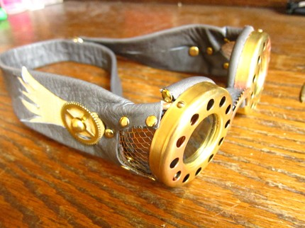 Kraken 3D Goggles Bring Steampunk Design to the Theaters