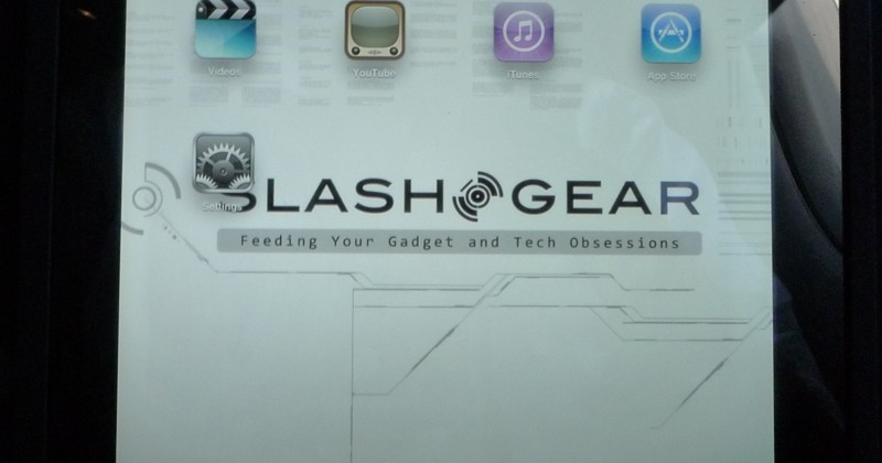apple-ipad-10-SlashGear