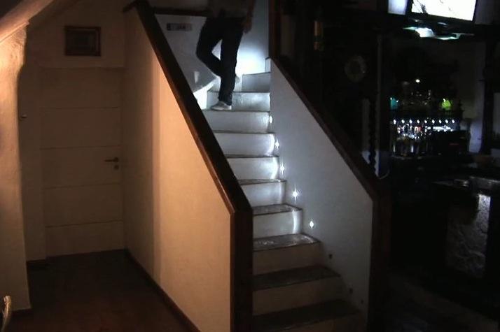 Lighting Basement Washroom Stairs: DIY LED Stair Lighting System Gets Video Demo