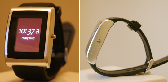 InPulse BlackBerry Bluetooth watch gets pictured; shipping imminently