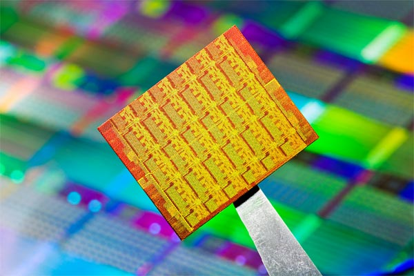Is Moore's Law Still Relevant for PCs?