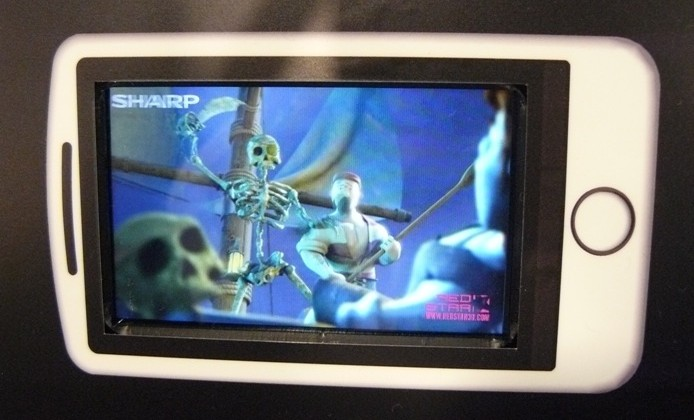 """Sharp: """"in talks"""" over 3D LCD for phones, no comment on 3DS"""