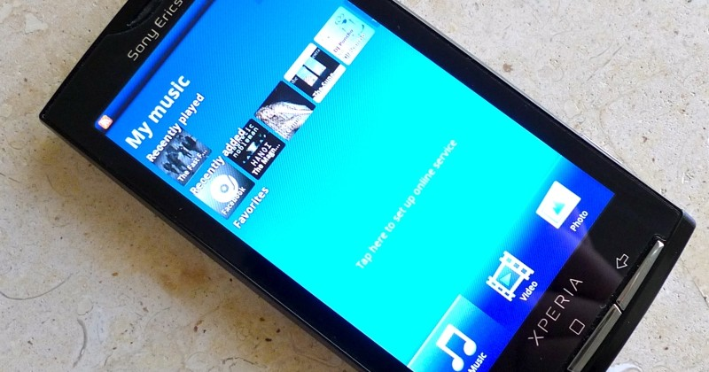 XPERIA X10 rooted with custom hardware