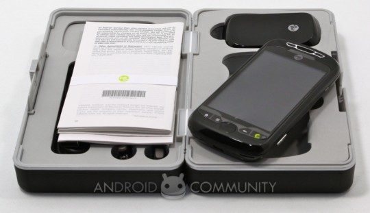 T-Mobile myTouch 3G Slide gets unboxed [Video]
