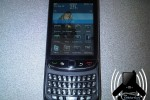 BlackBerry Bold 9800 slider breaks cover to flaunt WebKit browser