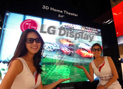LG 84-inch 3D TV and more shown off at SID 2010
