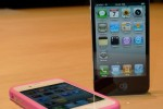 Apple sells 1.7 million iPhone 4 smartphones in three days