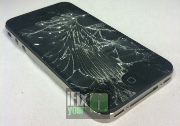 iPhone 4 smashed in pre-release drop test