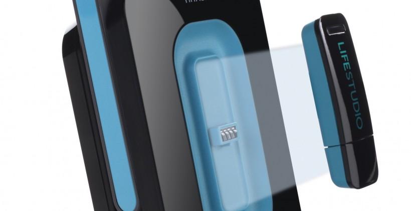 Hitachi LifeStudio HDDs auto-gobble your media, offer dockable USB sync stick