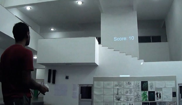Projected Pong puts your flat into the gameplay [Video]