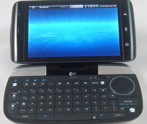 Dell Streak meets Logitech DiNovo Mini keyboard in perfect peripheral pairing