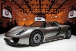 Awesome Porsche 918 Spyder hybrid to go into production