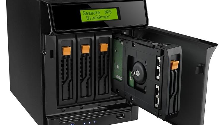Seagate BlackArmor NAS 400 backup & media server unveiled