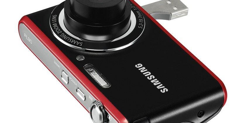 Samsung PL90 digicam has pop-out USB & face-tracking portrait mode
