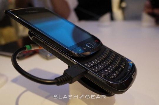"""RIM Reportedly Working with India to Provide """"Technical Solution"""" to Prevent BlackBerry Ban"""