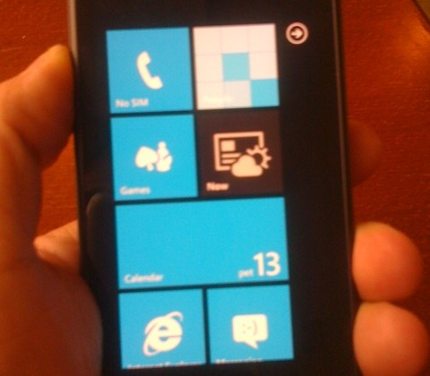 Samsung Windows Phone 7 prototype spotted in wild
