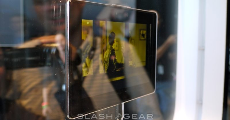 BlackBerry PlayBook Hardware Upclose