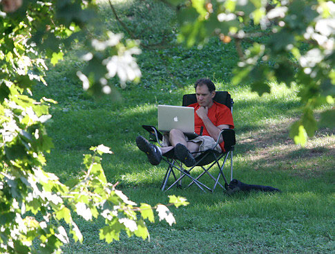 32 New York City Parks Getting WiFi Access
