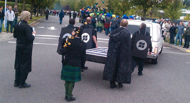 Microsoft Employees Celebrate Windows Phone 7 RTM Status by Holding Funeral for iPhone & BlackBerry