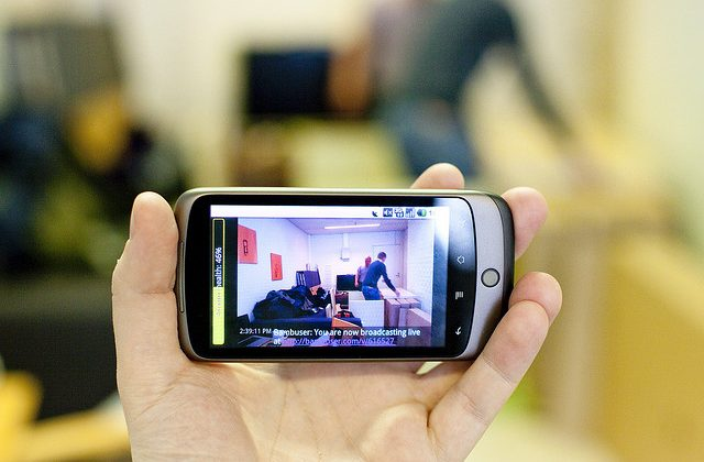 When Business & Social don't mix (or when it's time to put the gadget down)