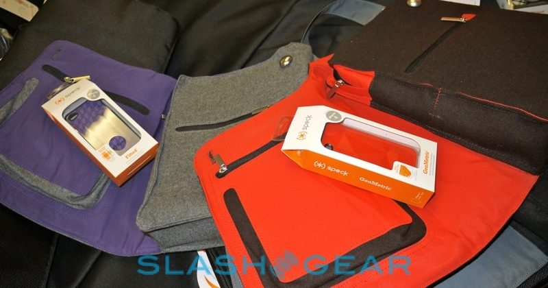 speck_ipad_ereader_tablet_netbook_bags_4