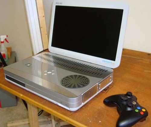 Xbox 360 Slim Made Portable Thanks to Ben Heck [Video]