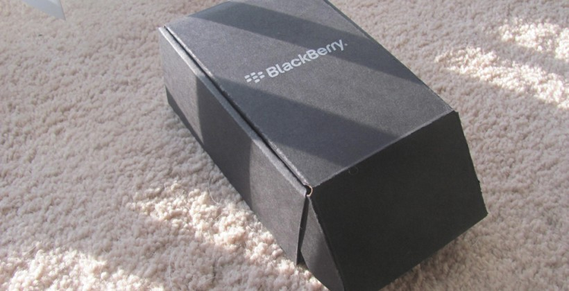 Sprint BlackBerry Style 9670 Unboxing and Hands-on