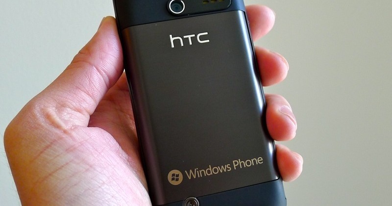 htc-7-pro-sprint-windows-phone-04-slashgear