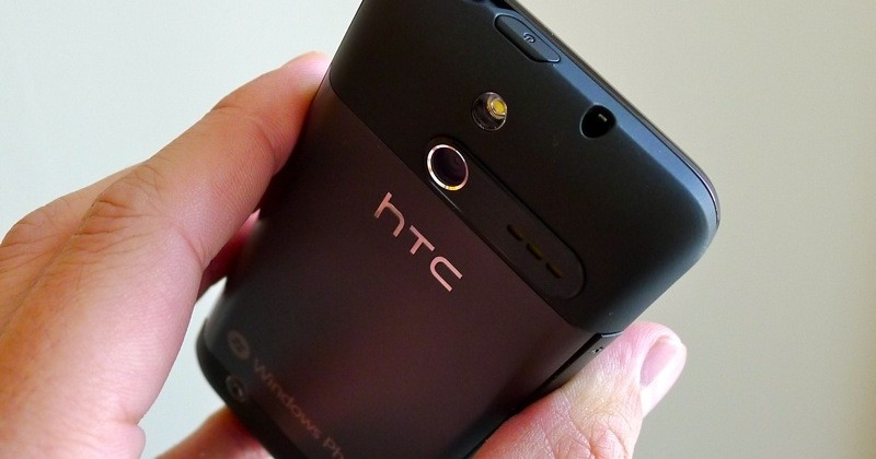 htc-7-pro-sprint-windows-phone-06-slashgear