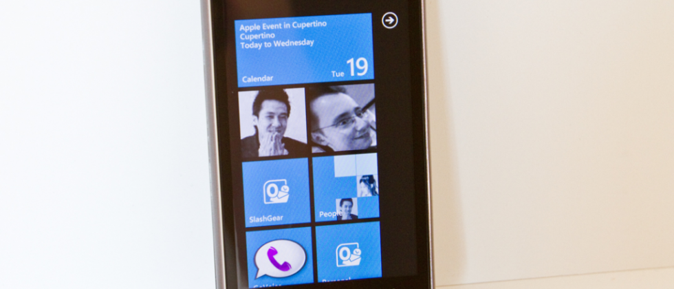 HTC 7 Surround Review
