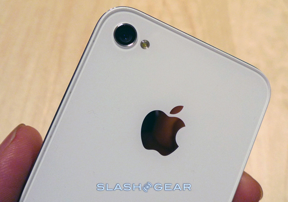 Why the White iPhone 4 is Delayed (the real reason)