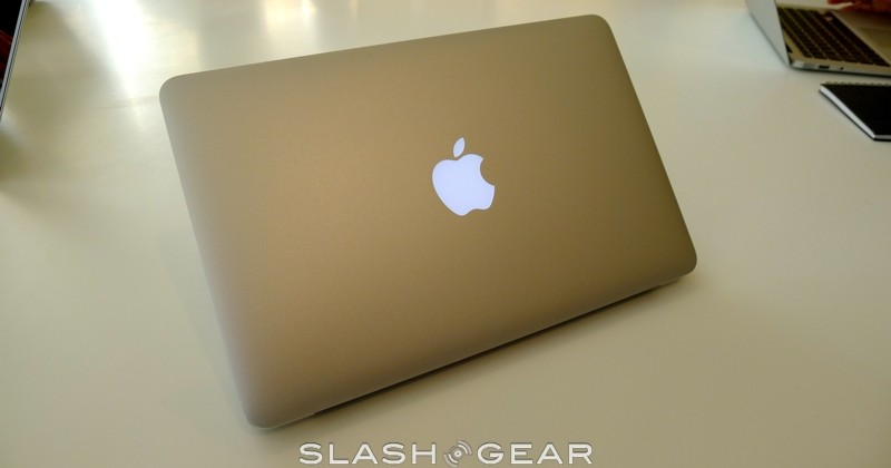macbook-air-2010-06-slashgear