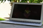 MacBook Air fastboot goes head-to-head with Sony VAIO Z [Video]