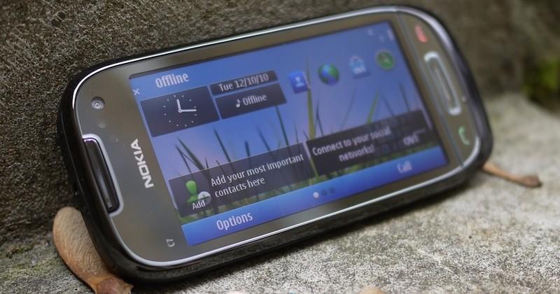 Nokia C7 UK pre-orders ship Oct 25; Nov 1 general UK sales