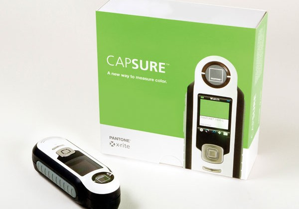 Pantone Capsure lets design pros capture colors anywhere