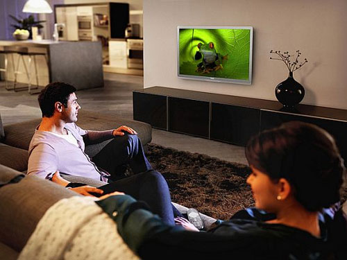 Philips launches green TV in Europe with sweet solar remote