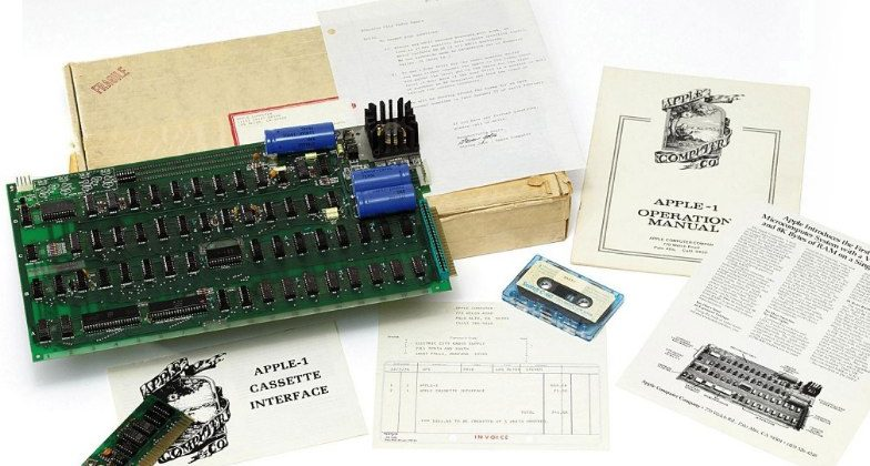 Original Apple-1 expected to sell for up to $242k