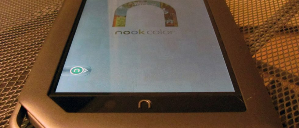 A Week with NOOKcolor: Hardware