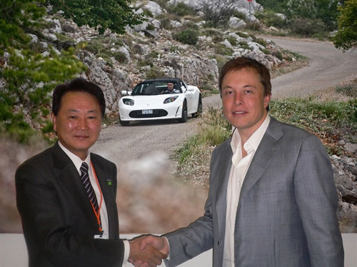 Panasonic invests $30 million into Tesla Motors