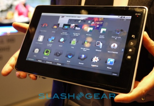 European geeks can now get Toshiba FOLIO 100 Android tablet