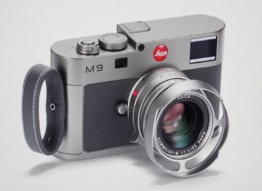 Watch a Leica M9 get built on video!