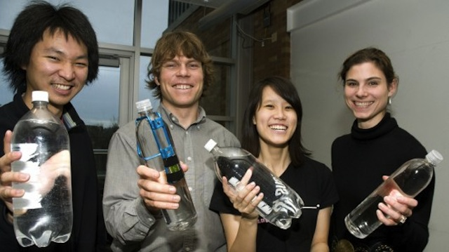 Engineering Students Create Cheap Way to Tell When Water is Safe to Drink
