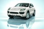 Green Porsche Cayenne S hybrid gets federal tax credit