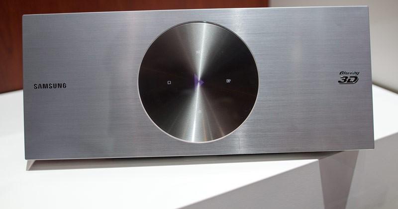 """Samsung Unveils """"Worlds Thinnest 3D Blu-ray Player"""""""