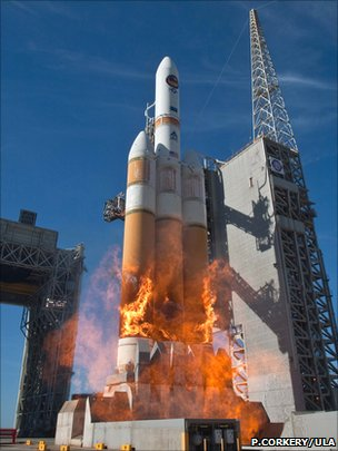 NRO launches secret satellite with Delta IV super-rocket