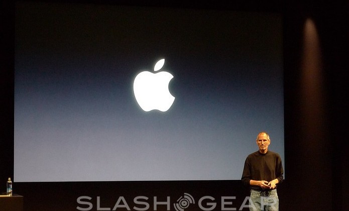 Steve Jobs takes medical leave of absence